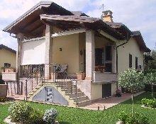 VILLINO IN BIFAMILIARE A FIANO ROMANO. FIANO ROMANO的两个家庭别墅. 000